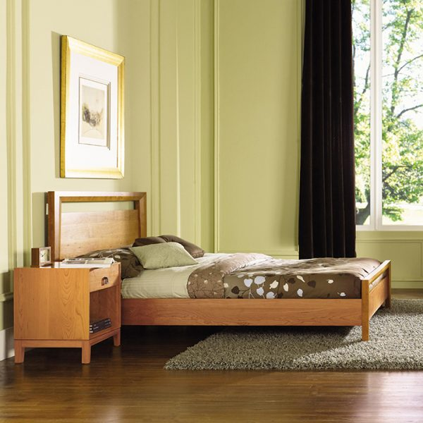 Mansfield Bed in Walnut or Cherry